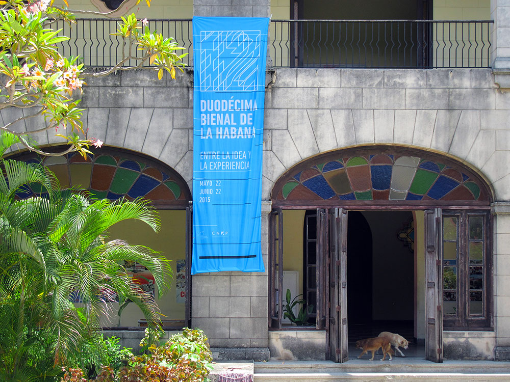 You are browsing images from the article: Biennial of Havana
